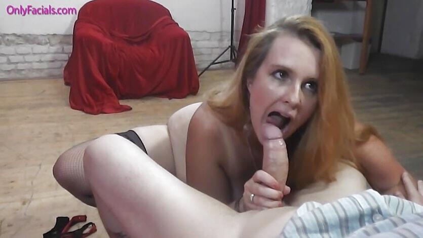 Asijské zralé babička porno
