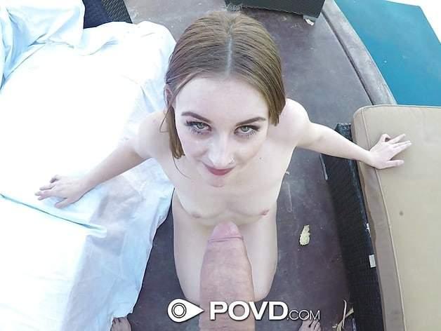 dívka stříká během anální